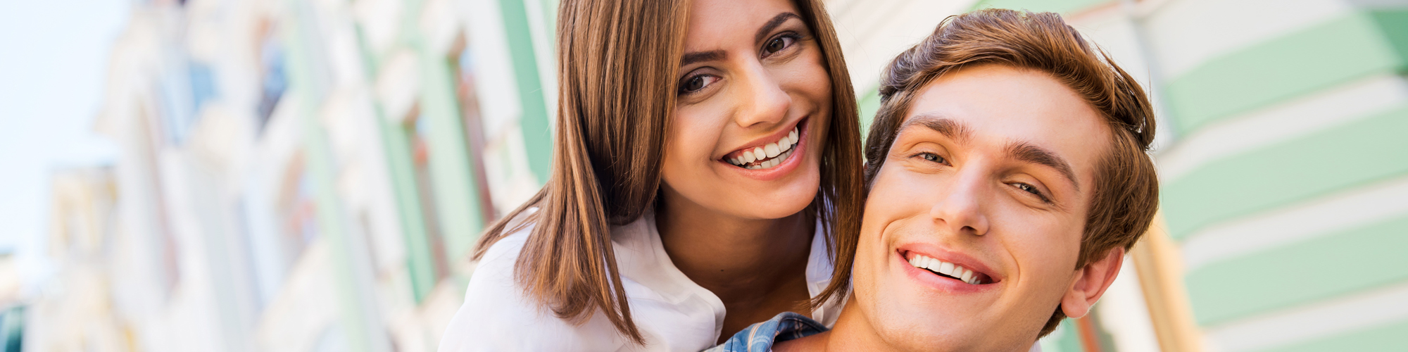 Composite Fillings in Deerfield IL - Image of women and man smiling